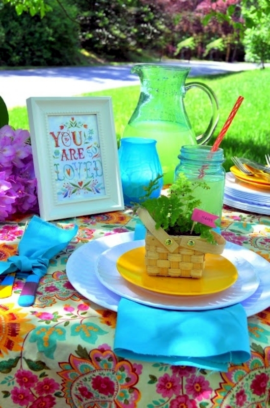 Table Decoration For Mother 39 S Day Models And Colorful