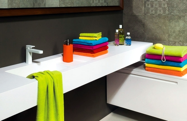 Bold colors in the bathroom interior design ideas for atmospheric ambience interior design for Colourful bathroom accessories